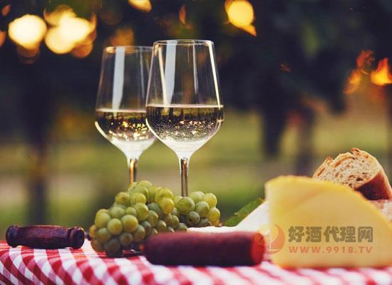 白葡萄酒的热量低吗,为是什么