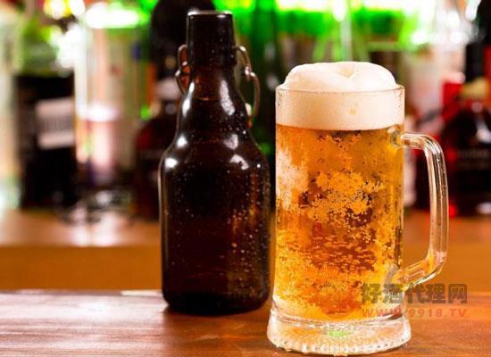 酒吧一般用什么啤酒,几种常见的酒吧啤酒推荐