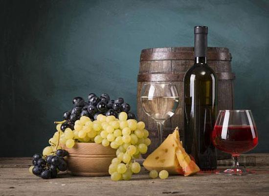 为什么红葡萄酒不适合加冰块,红葡萄酒的适饮温度是多少