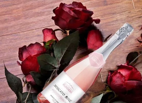 桃红葡萄酒的特点是什么,搭配方式有哪些