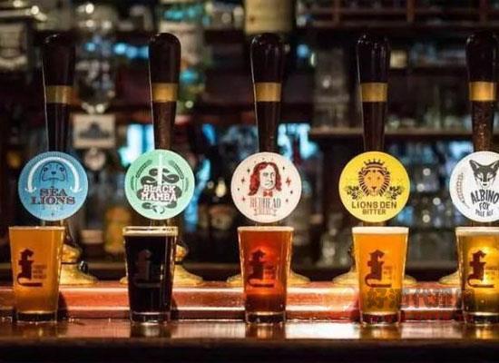 喝酒为何选精酿,精酿啤酒的特点是什么
