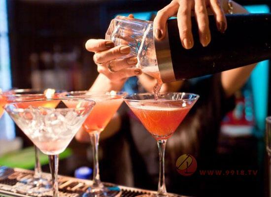 鸡尾酒的风味有哪些,各自所具备的条件是什么