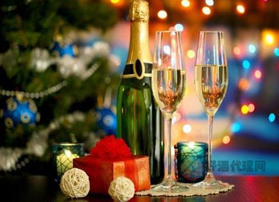 香槟酒的种类有哪些,香槟酒和起泡酒有什么区别