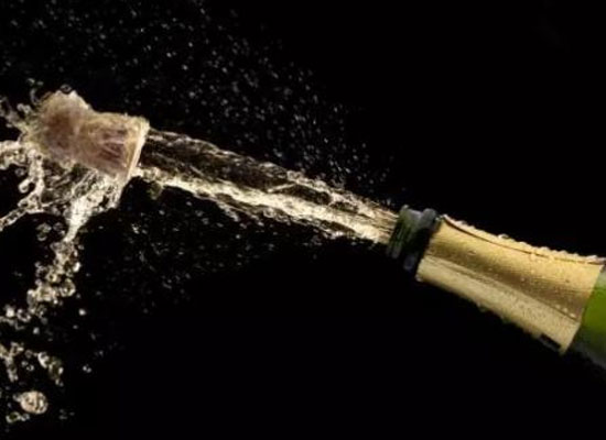 香槟酒怎么开,打开后应该怎么保存