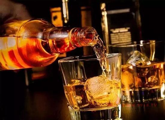 威士忌应该怎么喝,威士忌的品鉴步骤有哪些
