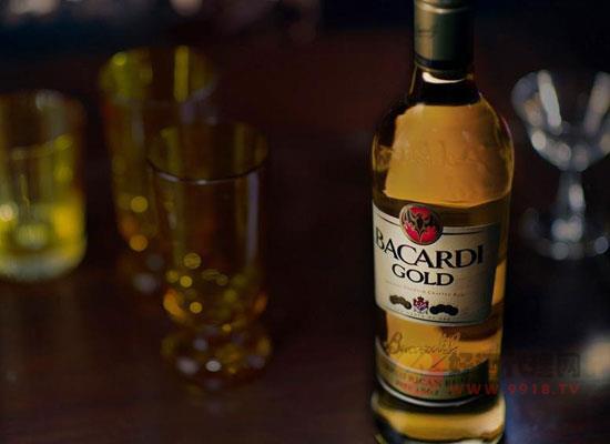 百加得黑白金朗姆酒的区别,哪种更好喝