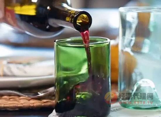 葡萄酒瓶底的凹槽有什么用,不懂的快来学习一下
