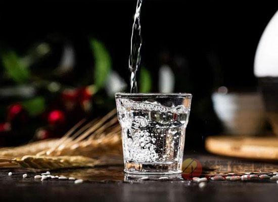酒精酒与粮食酒有什么区别,鉴定方法是什么