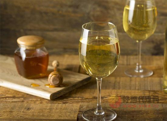 贵腐酒为什么被称为液体黄酒,喝起来味道如何