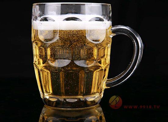 啤酒用杯有什么讲究,别再一窍不通了
