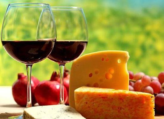 圣誕節將至,一起享受葡萄酒帶來的微醺吧!